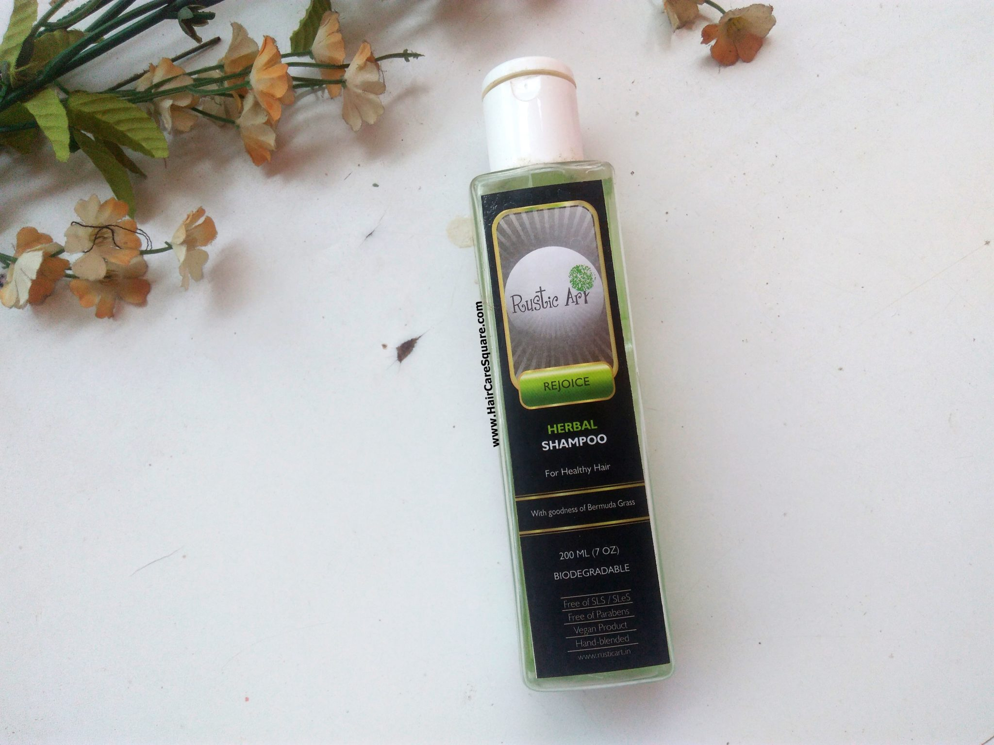 Rustic Art Biodegradable Herbal Shampoo